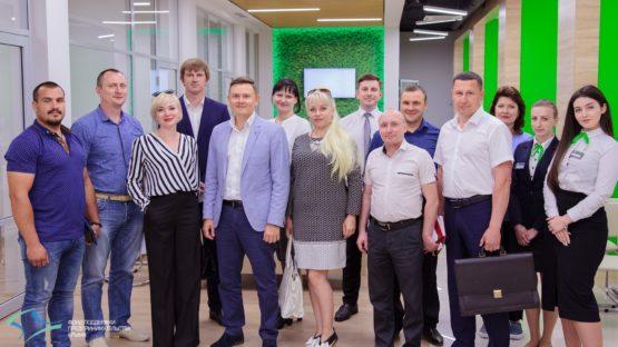 Администрация и предприниматели Раздольненского и Джанкойского района побывали на экскурсии в консультационном центре «Дома предпринимателя»
